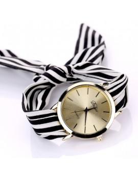 DUOYA D026 Women Analog Quartz Stripe Fabric Watch